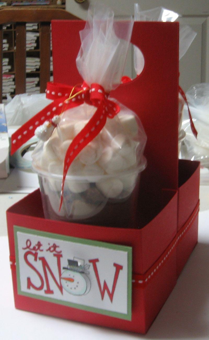 Hot Chocolate Snowmen carrier